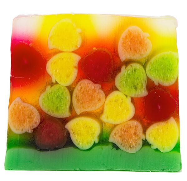 Bomb Cosmetics Glycerinové mýdlo Barevné listí (Soap) 100 g