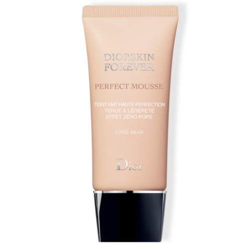 Dior Matujúci penový make-up Dior skin Forever Perfect Mousse (Perfect Matte Weightless Foundation) 30 ml 30 Medium Beige