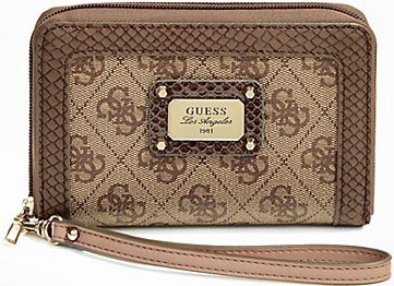 Guess Elegantní peněženka Cheat Heart Zip Around Phone hnědá