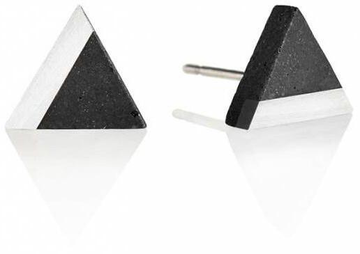 Gravelli Kôstkové náušnice z betónu a ocele Triangle Steel GJEWSSA003UN