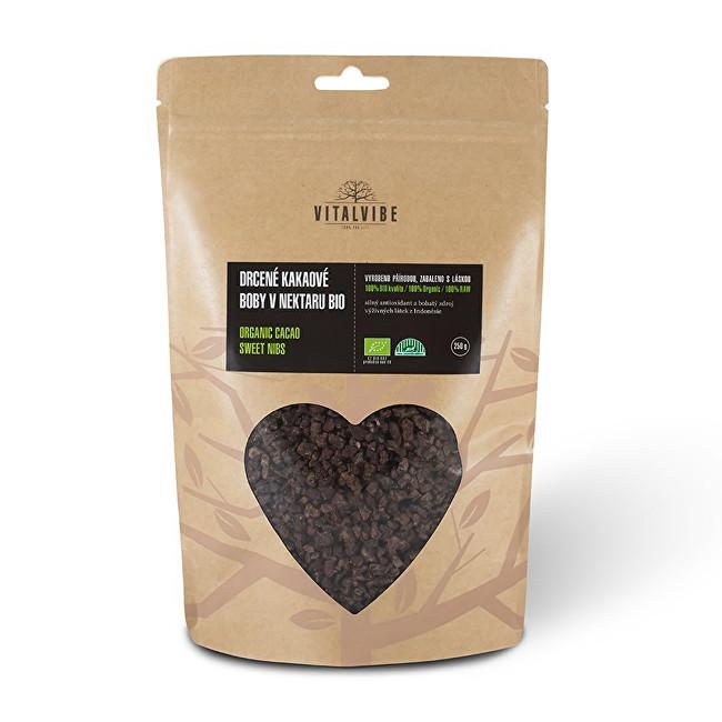 Zobrazit detail výrobku Vitalvibe Kakaové boby drcené BIO v kokosovém nektaru 250 g