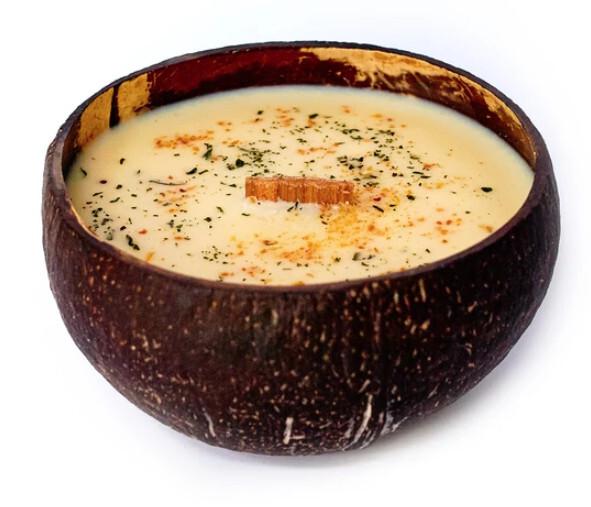 Zobrazit detail výrobku Tropikalia Svíčka v kokosu - vůně Thajská Limetka a mango