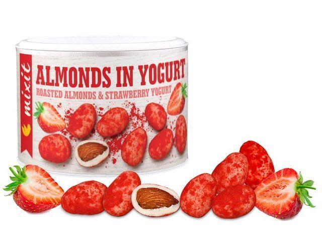 Zobrazit detail výrobku Mixit Mandle v jogurtu s jahodovým prachem 240 g