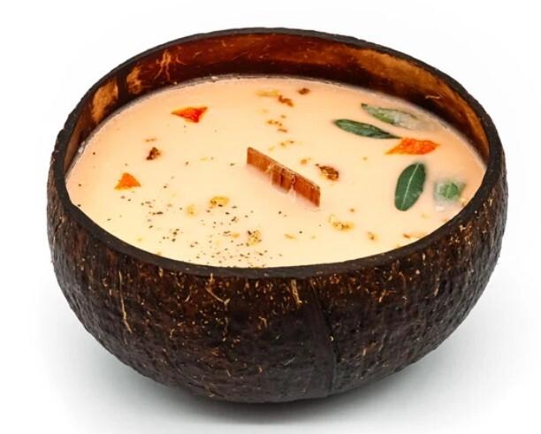 Zobrazit detail výrobku Tropikalia Svíčka v kokosu - vůně Pomeranč & mandrarinka