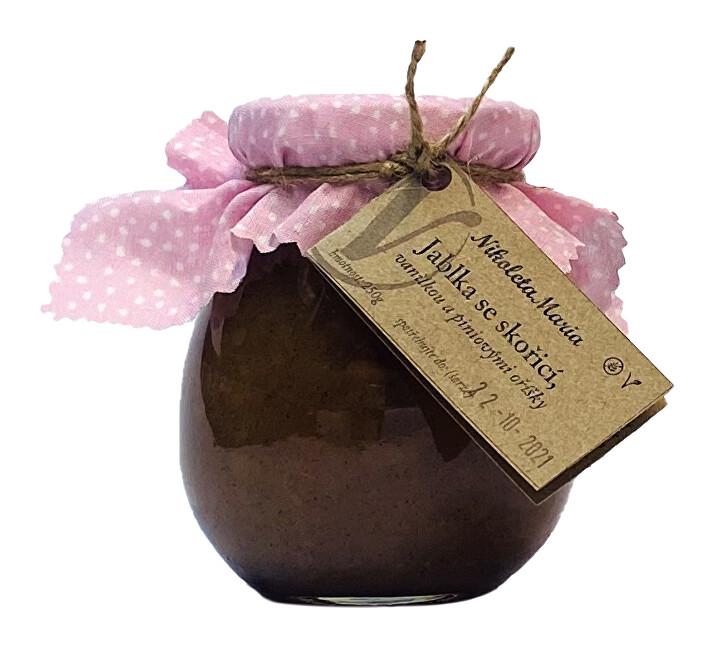 Zobrazit detail výrobku Nikoleta-Maria Jablka se skořicí, vanilkou a piniovými oříšky 250 g