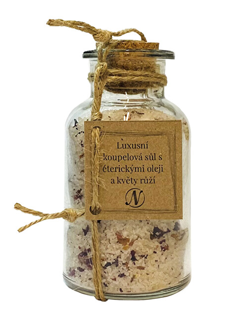 Zobrazit detail výrobku Nikoleta-Maria Luxusní koupelová sůl séterickými oleji a květy růží 300 g