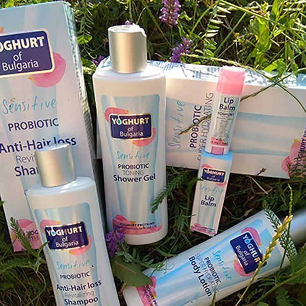 Zobrazit detail výrobku Yogurt of Bulgaria Kosmetický set Probiotikum - tělové mléko, šampon, sprchový gel, balzám na rty