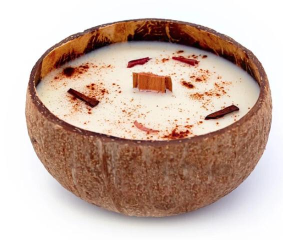 Zobrazit detail výrobku Tropikalia Svíčka v kokosu - vůně Jablko a skořice