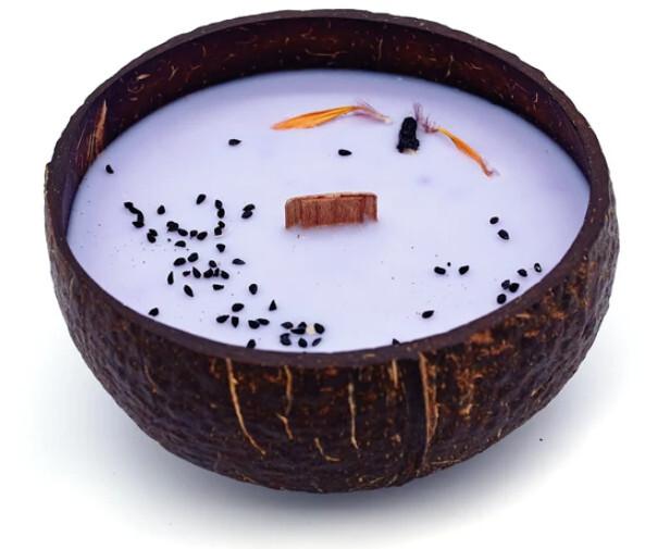 Zobrazit detail výrobku Tropikalia Svíčka z kokosu - vůně Borůvka a vanilka