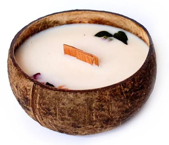 Zobrazit detail výrobku Tropikalia Svíčka z kokosu - vůně Růže