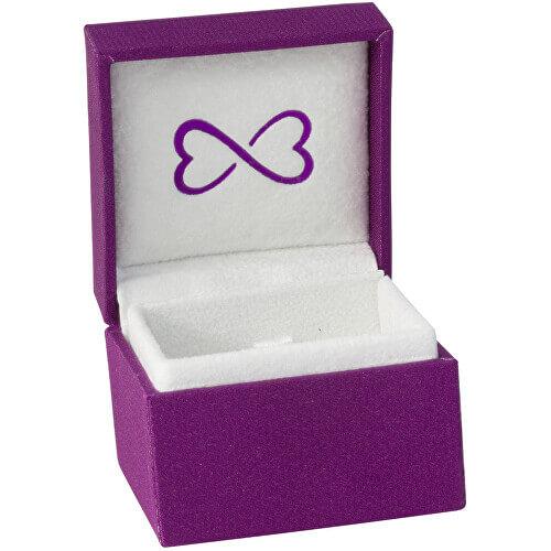 Šperk je dodáván v krásné stylové krabičce.