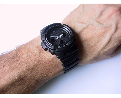 The G/G-SHOCK AWG-M100B-1A