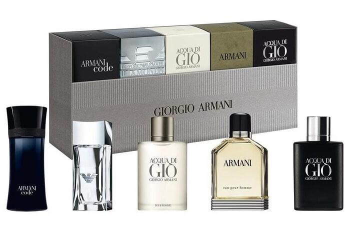 Armani Kolekce miniatur - EDT 7 ml + EDP 5 ml + EDT 5 ml + EDT 2 x 4 ml + 2 měsíce na vrácení zboží