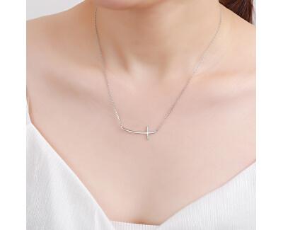 Jemný stříbrný náhrdelník křízek N0000488