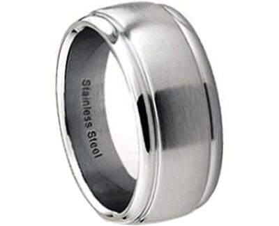 Moderní ocelový prsten RSS54
