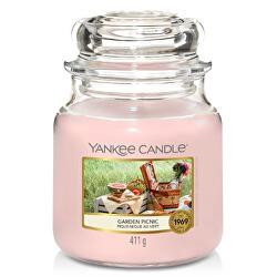 Aromatická svíčka Classic střední Garden Picnic 411 g