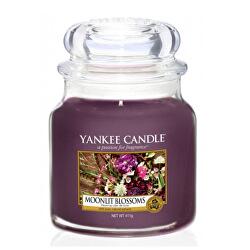 Aromatická svíčka Classic střední Moonlit Blossoms 411 g