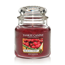 Vonná sviečka Classic stredná Black Cherry 411 g