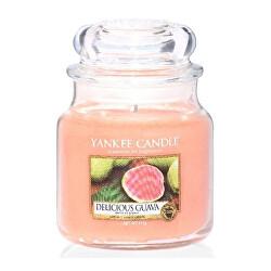 Aromatická svíčka střední Delicious Guava 411 g