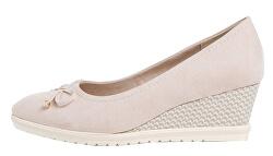 Pantofi cu toc pentru femei