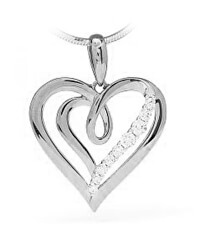 Gyönyörű ezüst medál cirkónium kövekkel Szív SVLP0699XH20000